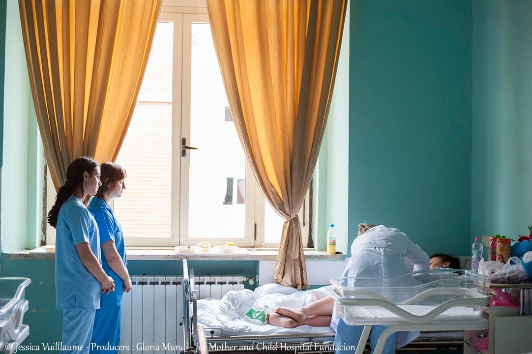 reportage photo sur des bébés albanais